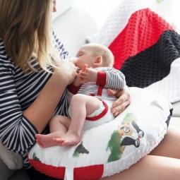 Zestaw na chrzciny lub baby shower: Kocyk Newborn + Rogal + Książeczka kontrastowa